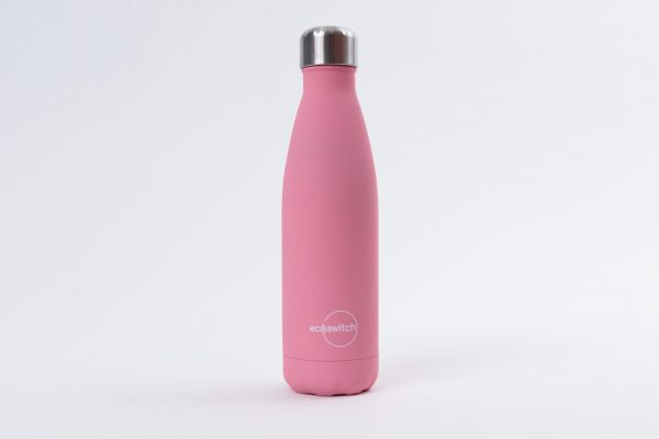 Розова метална бутилка