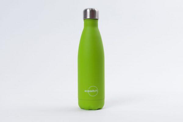 Метална бутилка за вода в цвят лайм