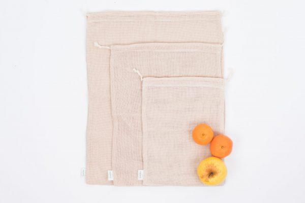 Мрежести памучни торби в 3 размера, подредени една върху друга